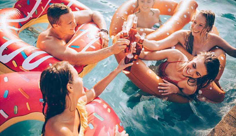 Why Fibreglass Pool Community is Growing Big in Australia