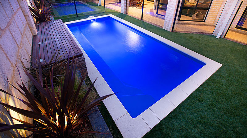 Advantages of a fibreglass pool