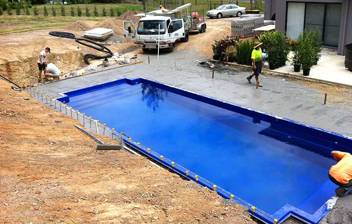 Quick tips for fibreglass pool installation Fiberglass swimming pool installation