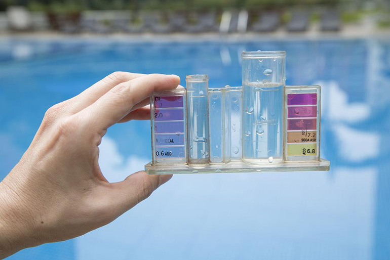 Inground swimming pool maintenance get the right ph level for Chlorine ph levels swimming pool