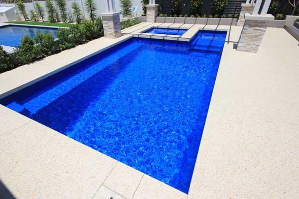 St Remi Fibreglass Pool